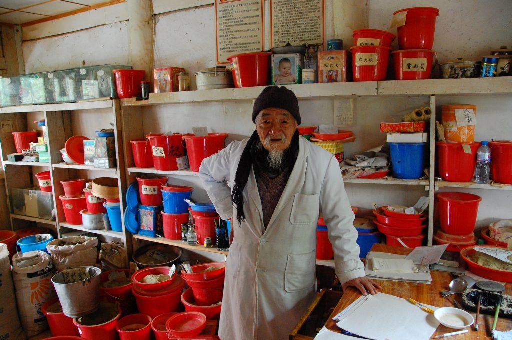 Meeting Dr. Ho of Bai Sha in Yunnan, China
