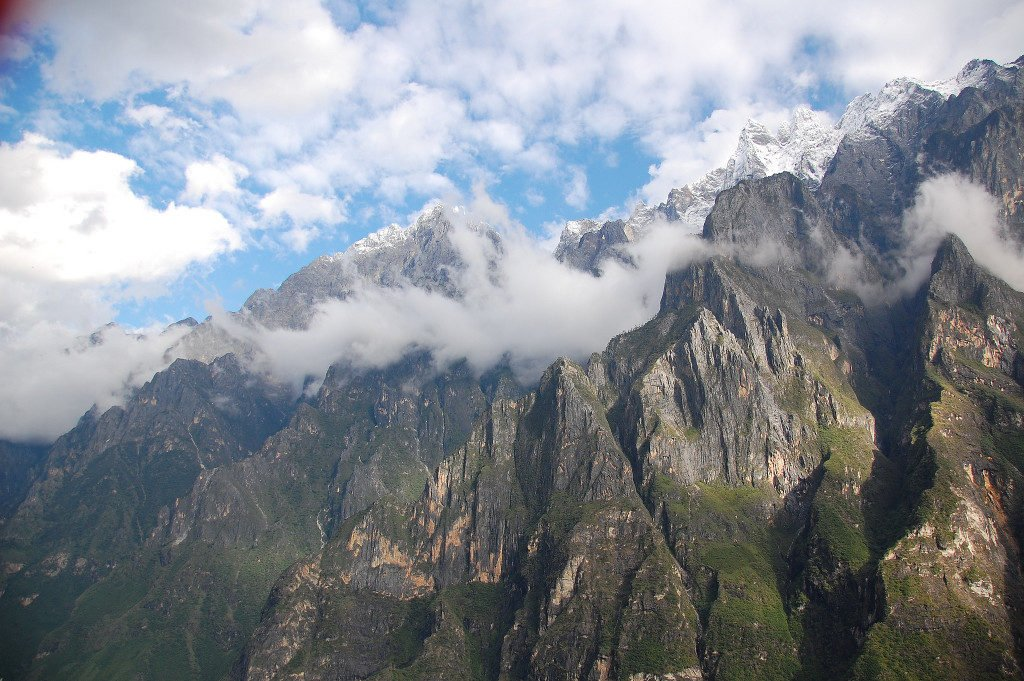 Trekking in China's Tiger Leaping Gorge (Day3)